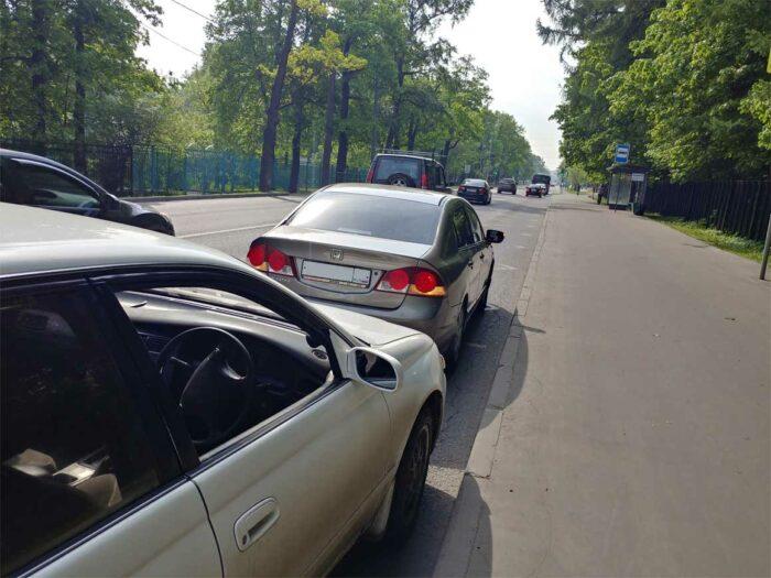 На фотографии Toyota Corona ST195 и Honda Civic, попавшие в ДТП.