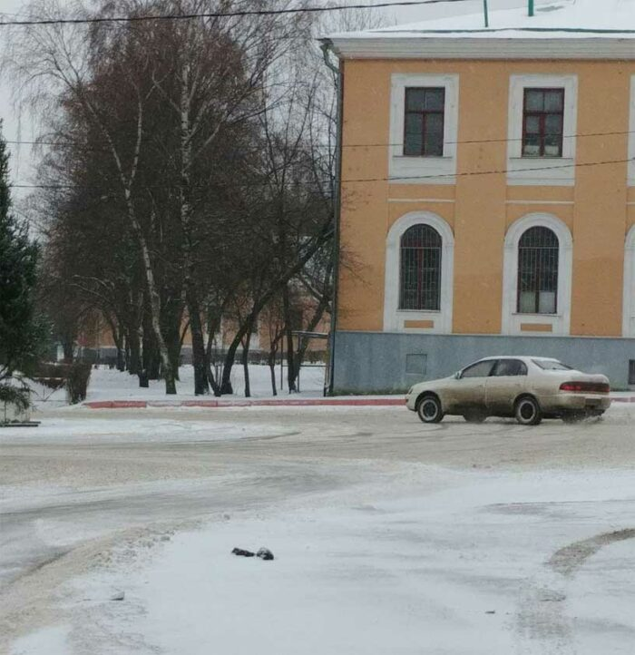 Toyota Corona валит боком, snow drift, ST195 fulltime 4WD.