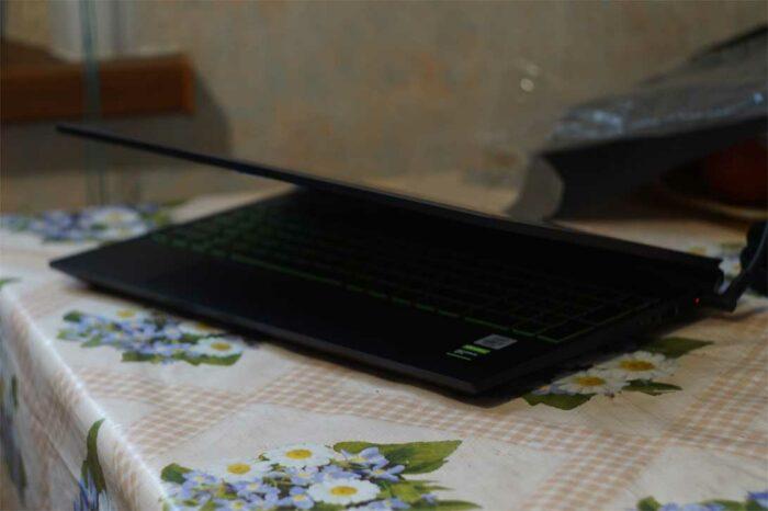 На фото ноутбук HP Pavilion Gaming